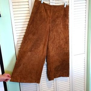 NWT Newport News sued cullotes pants size 10